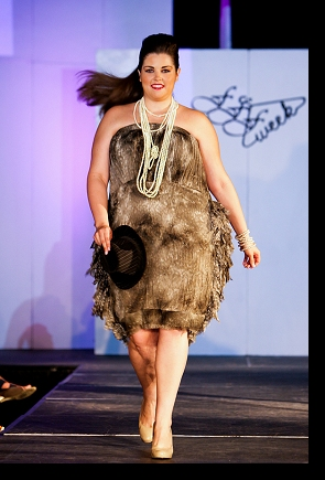Waking the runway for Pheline in the final runway showcase at FFFWeek 2010; photograph by Richard Lew; click to enlarge