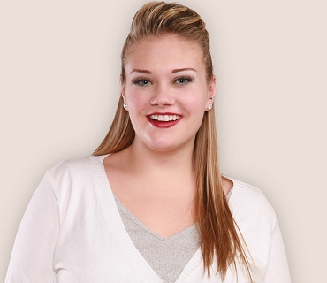 Kelsey Olson modelling for Torrid; click to view image source