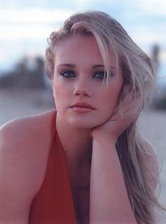 Kelsey Olson, test image by Stanley Debas; click to enlarge