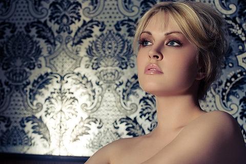 Justine Legault, size 14; Ford Toronto/Scoop Models Montreal; test image