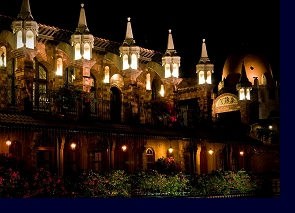 Flying buttresses adorning the Neo-Gothic wing of the Mission Inn