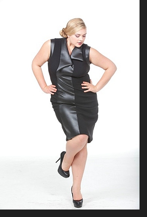 Kelsey Olson modelling the Grace dress, in an outtake from the first-ever Queen Grace photoshoot; click to view catalogue page.
